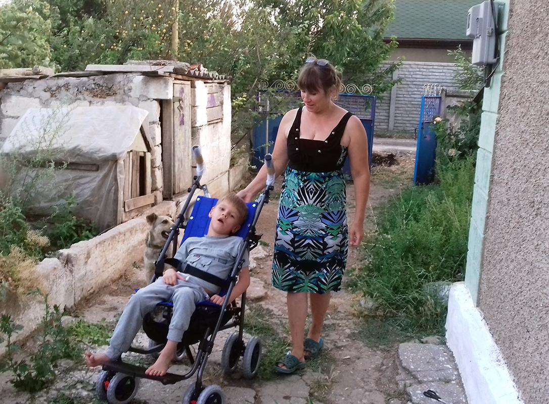 Рыжков Даниил фото на коляске 1